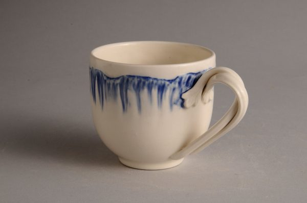 Hartley Greens Leeds Pottery Blue Shell Edge Tea Cup-0