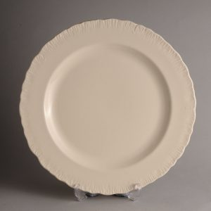 Hartley Greens Leeds Pottery Shell Edge Dinner Plate-0