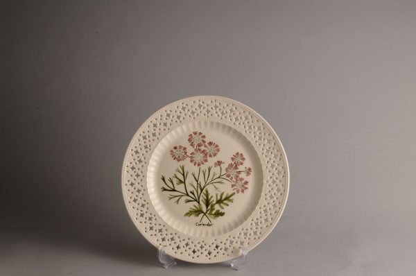 Hartley Greens Leeds Pottery Pierced Coriander Plate-0