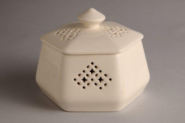 Hartley Greens Leeds Pottery Hexagonal Trinket Box-0