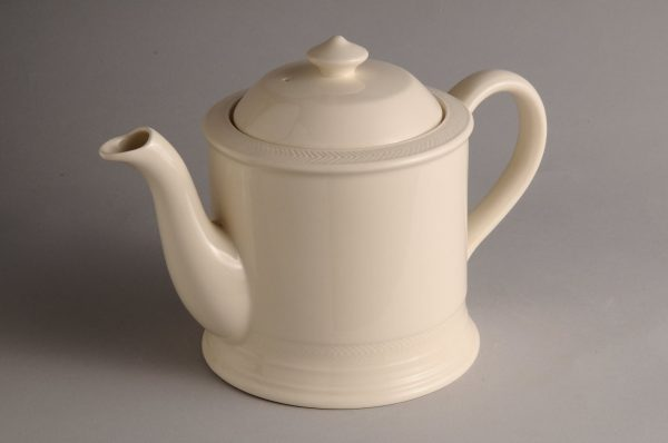 Hartley Greens Leeds Pottery Hunslet Teapot -2370