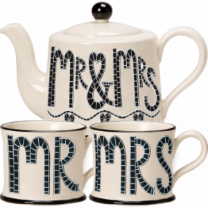 Moorland Pottery Mr & Mrs Teapot & Mugs Gift Set-0