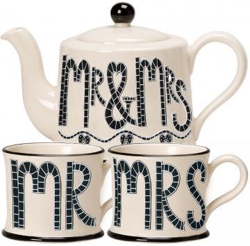 Moorland Pottery Mr & Mrs Teapot & Mugs Gift Set-0