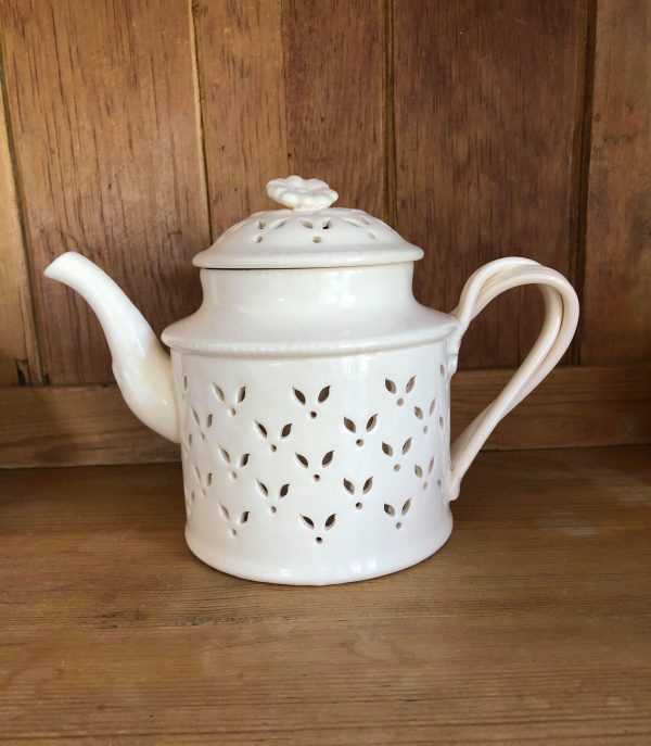 Hartley Greens Leeds Pottery Creamware Leaf Pierced Teapot -0