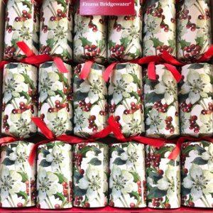 Emma Bridgewater Hellebore Red Berries Luxury Christmas Crackers-0
