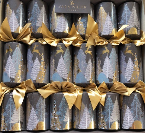 Sara Miller Winter Forest Luxury Christmas Crackers -0